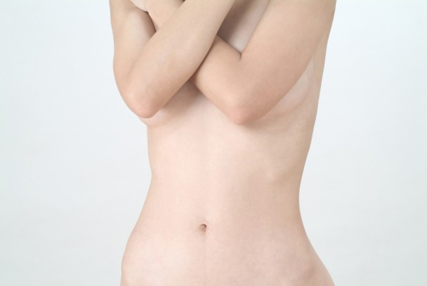 【保存版】胸式呼吸のやり方と、集中と体幹の安定をもたらす効果とは?