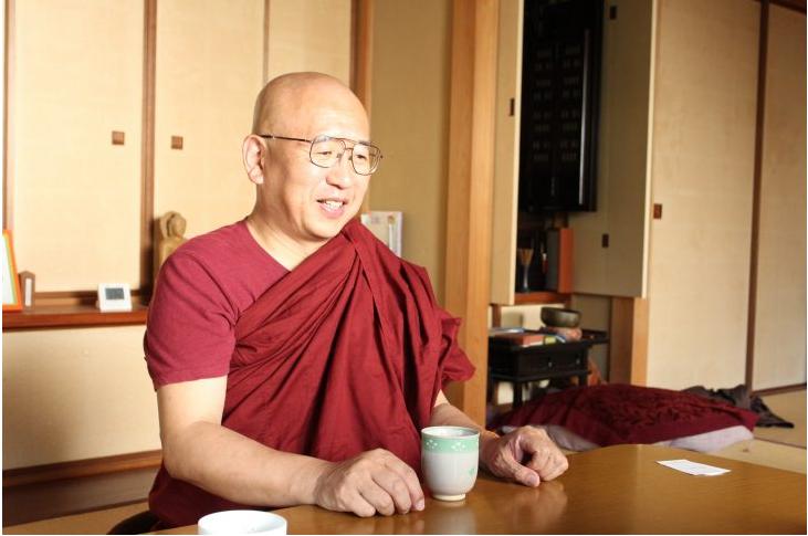 「瞑想は普通の人の、普通の悩みを解決するためにある」山下良道師に聞くマインドフルネス入門