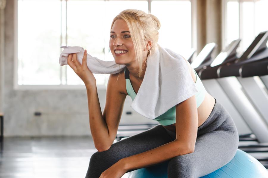 運動後の脂肪燃焼効果や筋肉増強効果などがあります