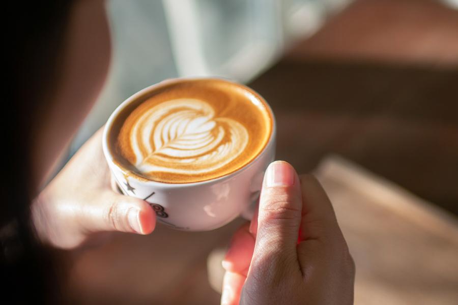 有酸素運動の前にはカフェインをとるべき?