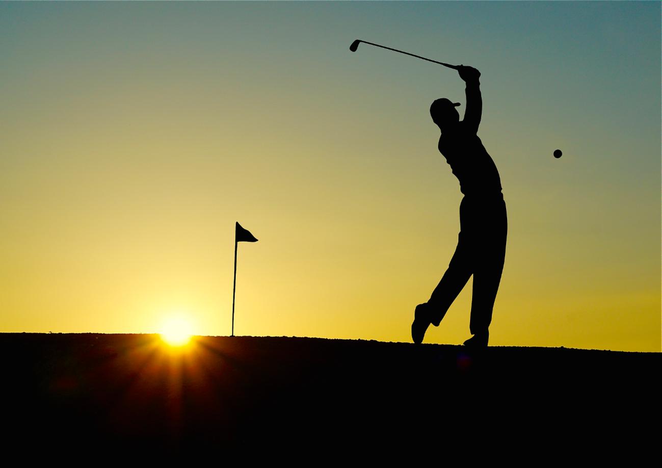 ヨガでゴルフが上達するって本当?綺麗なスイングを手に入れる方法をご紹介
