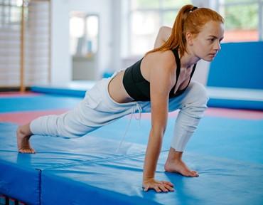 ピラティスで骨盤底筋を鍛える続けるメリットとは?